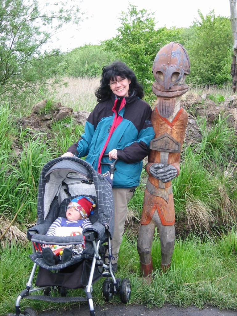 Thor mit einem seiner Schützlinge und dessen Mama