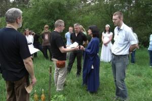 Wulfhild legt ihren Eid ab