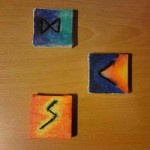 Dagaz, Kenaz und Sowilo - Drei Runen mit Aquarellfarben auf Keilrahmen